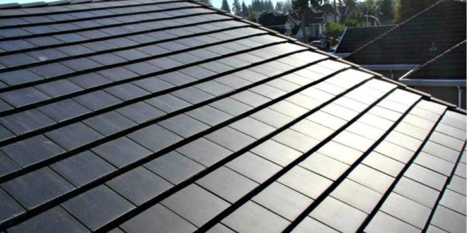 Okos otthonokon is tesztelik a Tesla napelemes tetőcserepeit
