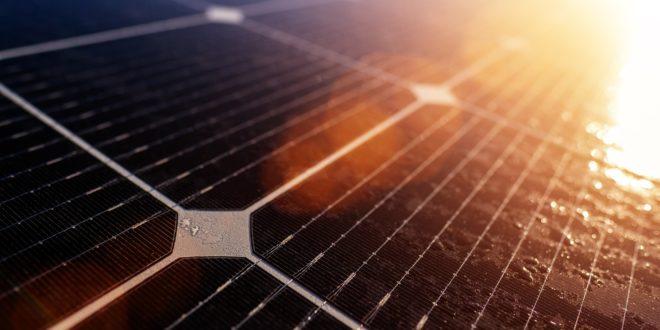 Milliókat kaphat ingyen ha napelemet telepít – mutatjuk a részleteket