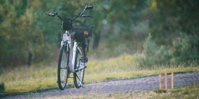 Több mint ezer elektromos rásegítésű kerékpárt vásárolhatnak meg olcsóbban az első körben pályázók