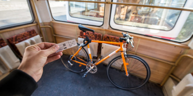 Októberig díjmentesen szállíthatók a kerékpárok hétvégente a BKK járatain és a HÉV-en