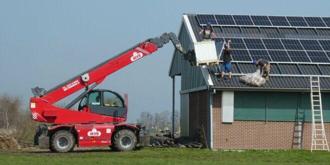 3 millió forint igényelhető, ha napelemet telepít