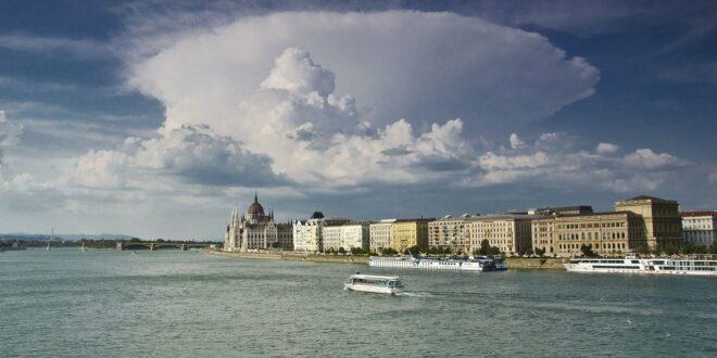 Meteorológus: Budapesten egyre több a nyári extrém eső, de a szárazság is