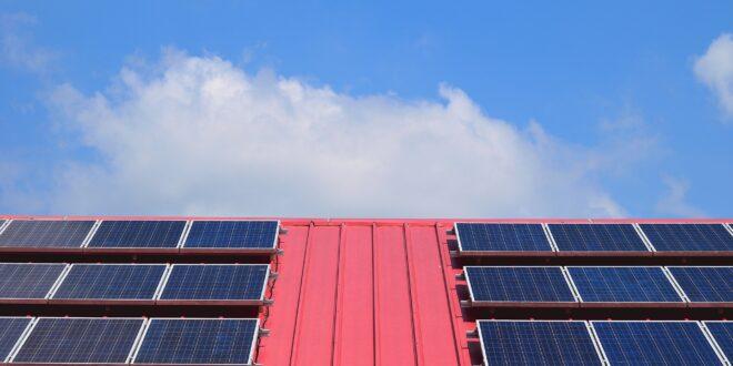 Mutatjuk hogyan szerezhet támogatást, ha napelemet telepítene